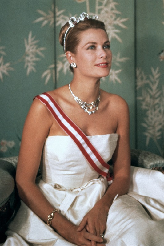 CA_GraceKelly195.jpg