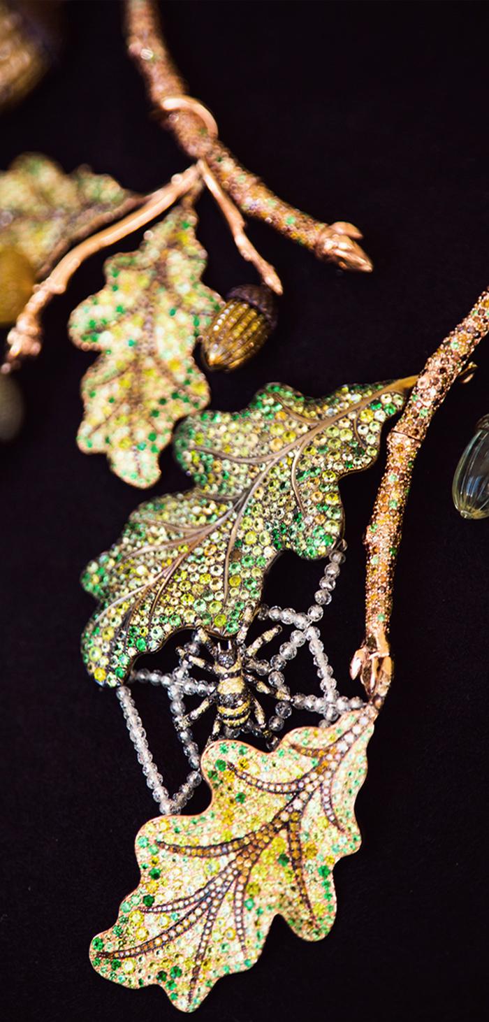 oak_tree_necklace.jpg