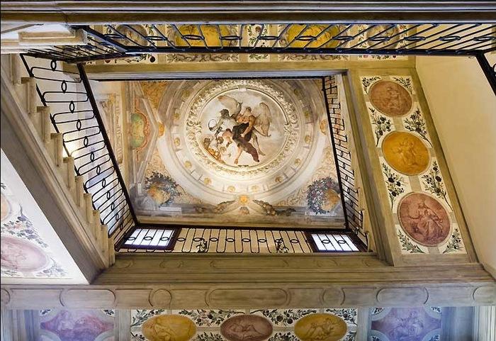venetian_fresco.jpg