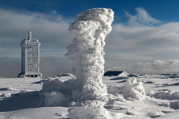 ice_transmitter.jpg