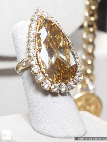 fantastic options many diamonds library ring at the upcoming engagement alternative rings fellows in has so auction