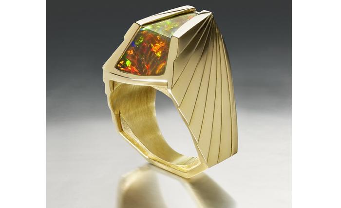 Ring-AXUM.jpg