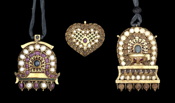 bonhams-indian-temple-pendants.jpg