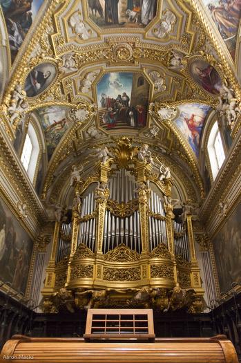 Cassino-Montecassino-Basilican Organ0219.jpg
