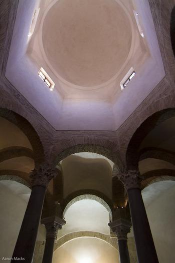 Benevento-Santa Sophia-Dome and Vault0018.jpg