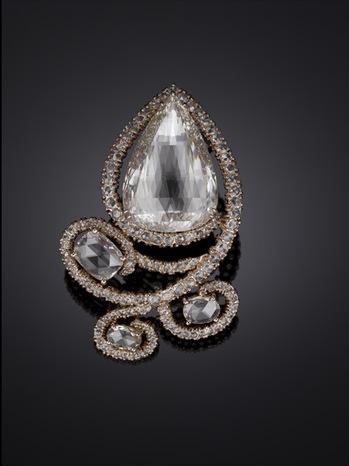 Michelle-Ong.-Supernova.-Light-Brown-Diamond-and-White-Diamond-Brooch-in-Rose-Gold.-POA.jpg
